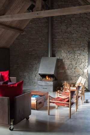 La Micheline salon cheminée