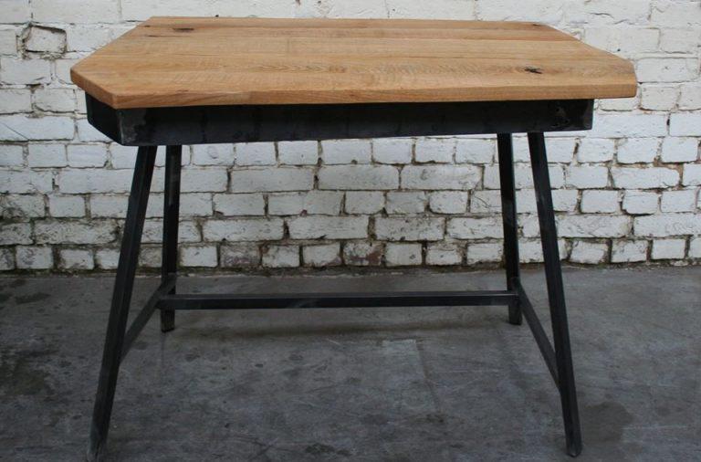 Bureau noir et bois bureau type industriel élégant meuble style