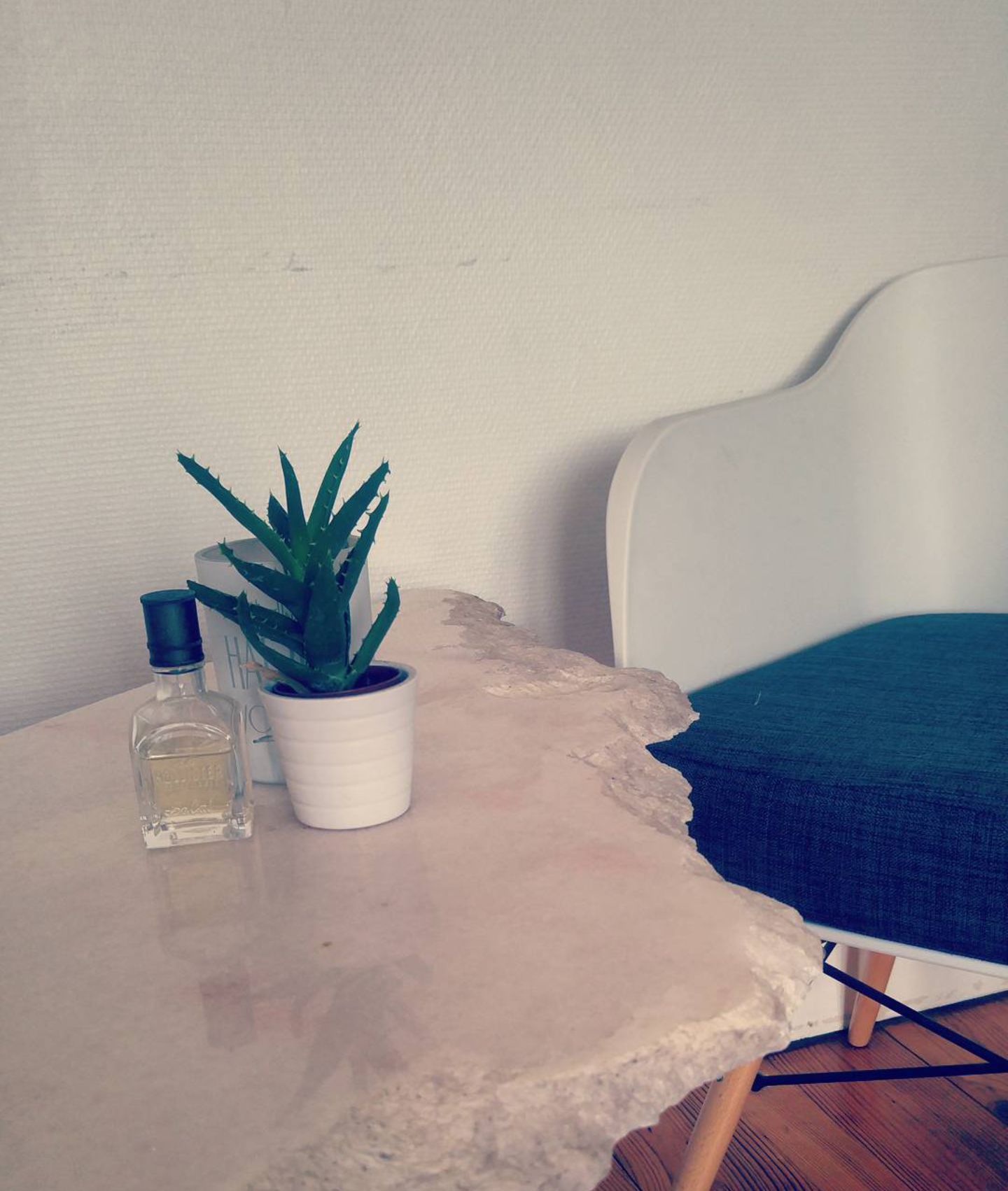 les tables en marbre de laur ne watine emmanuelle morice. Black Bedroom Furniture Sets. Home Design Ideas