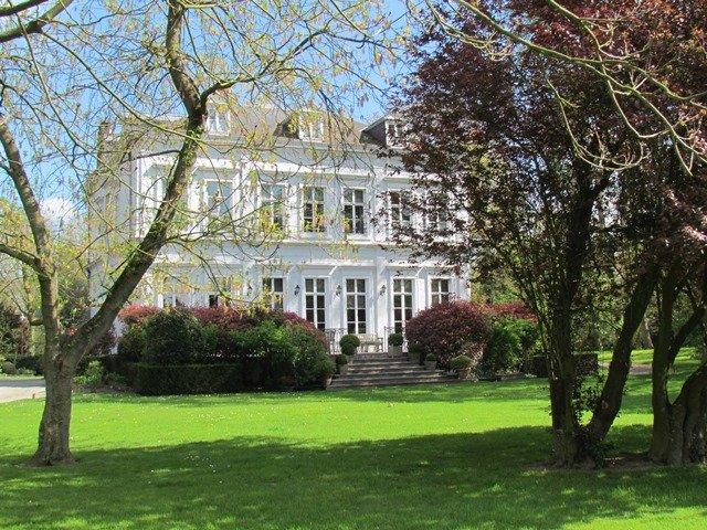 Château La Châtaigneraie à Wambrechies, à louer dans son intégralité !